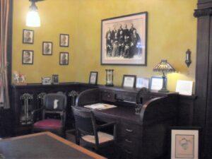 Al Ringling mansion, Charles Ringling, roll top desk